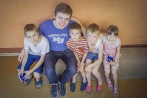 Matt with the kids