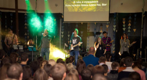 TimaKatch_CountryB_church